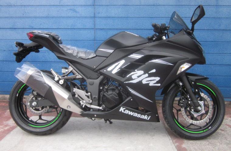 カワサキ・Ninja250 ABS KRT Winter Test Edition入荷いたしました!2